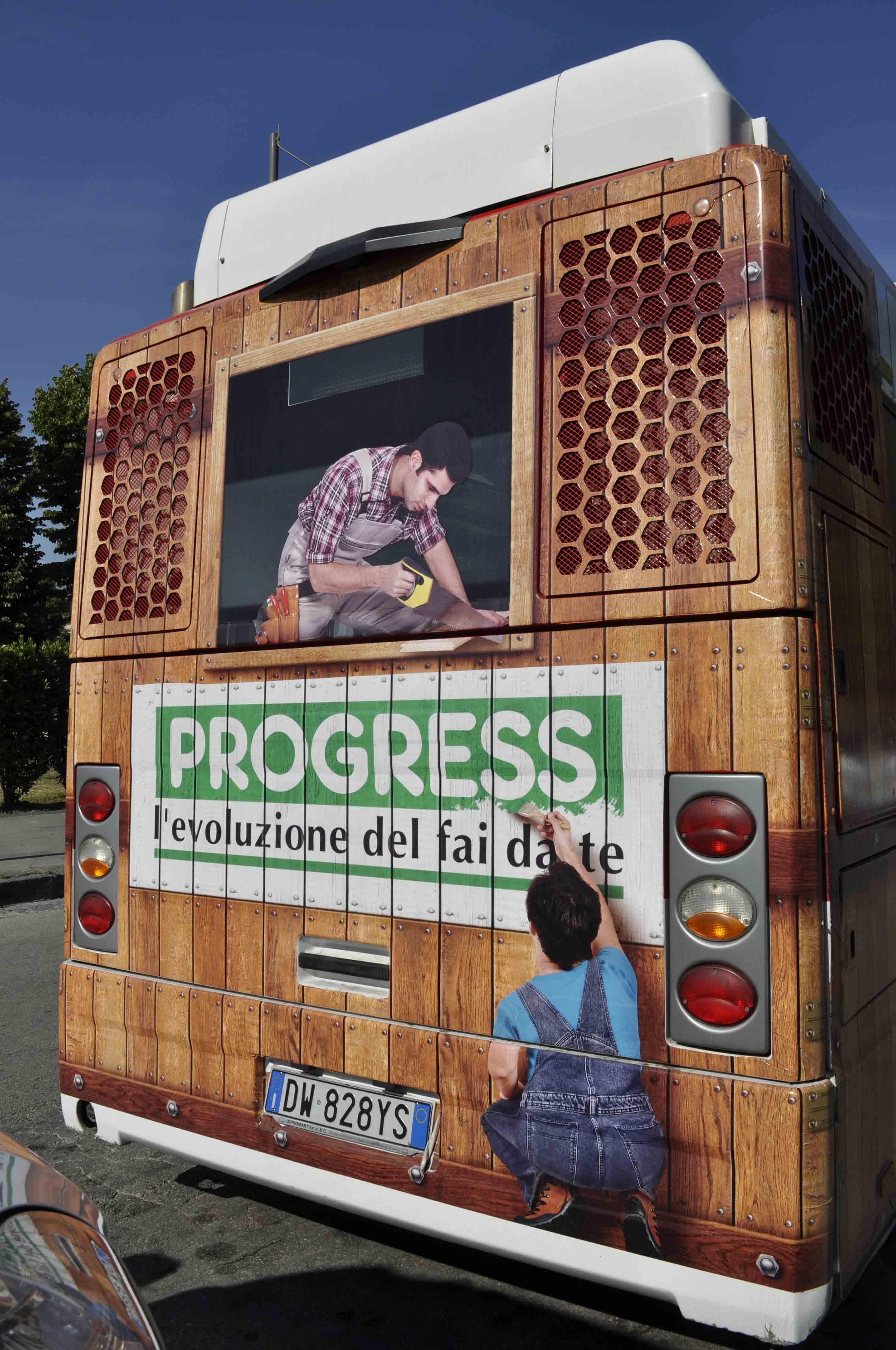 a caserta l 39 autobus targato progress