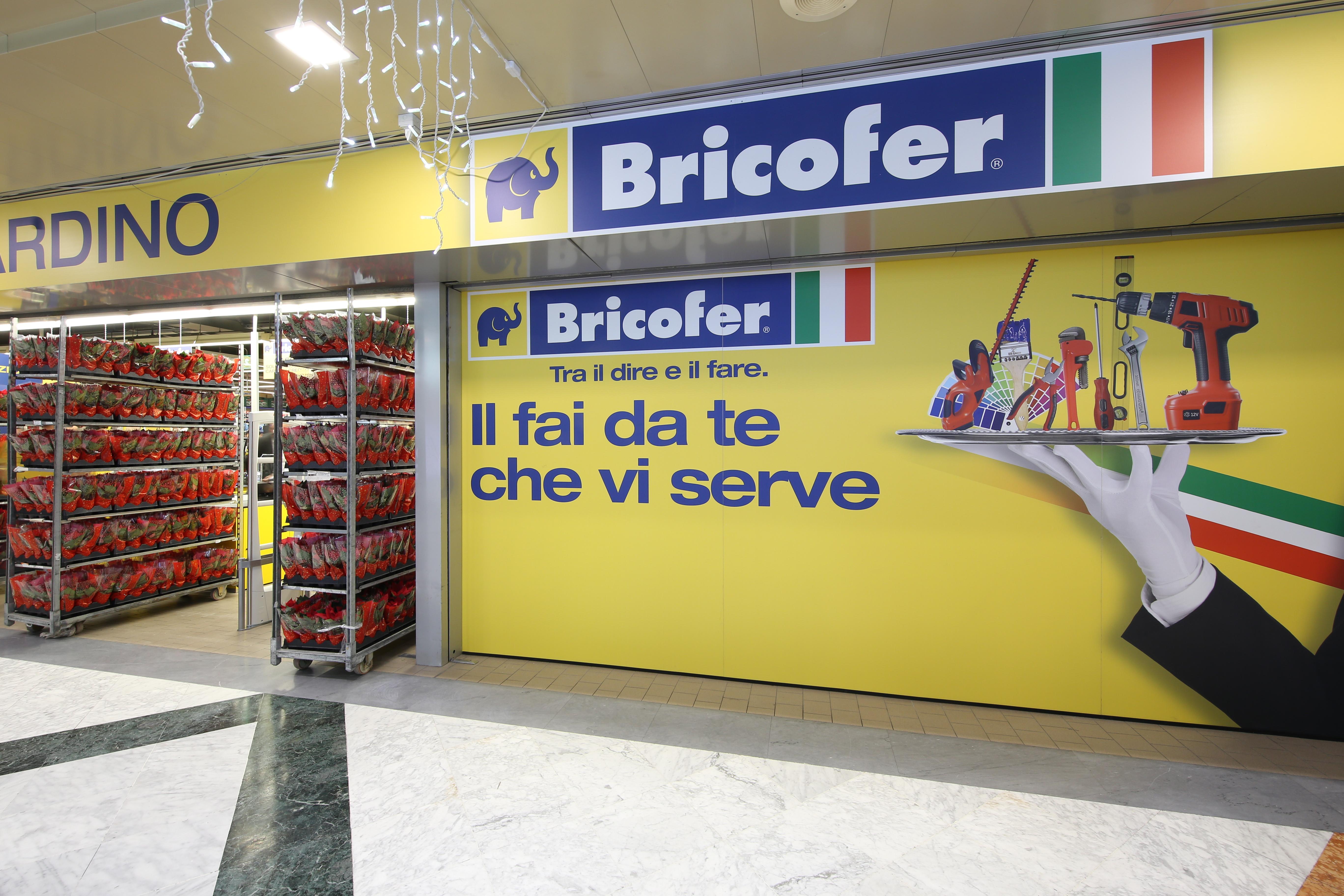 Bricofer ha inaugurato il negozio di formigine mo ecco for Bricofer catalogo