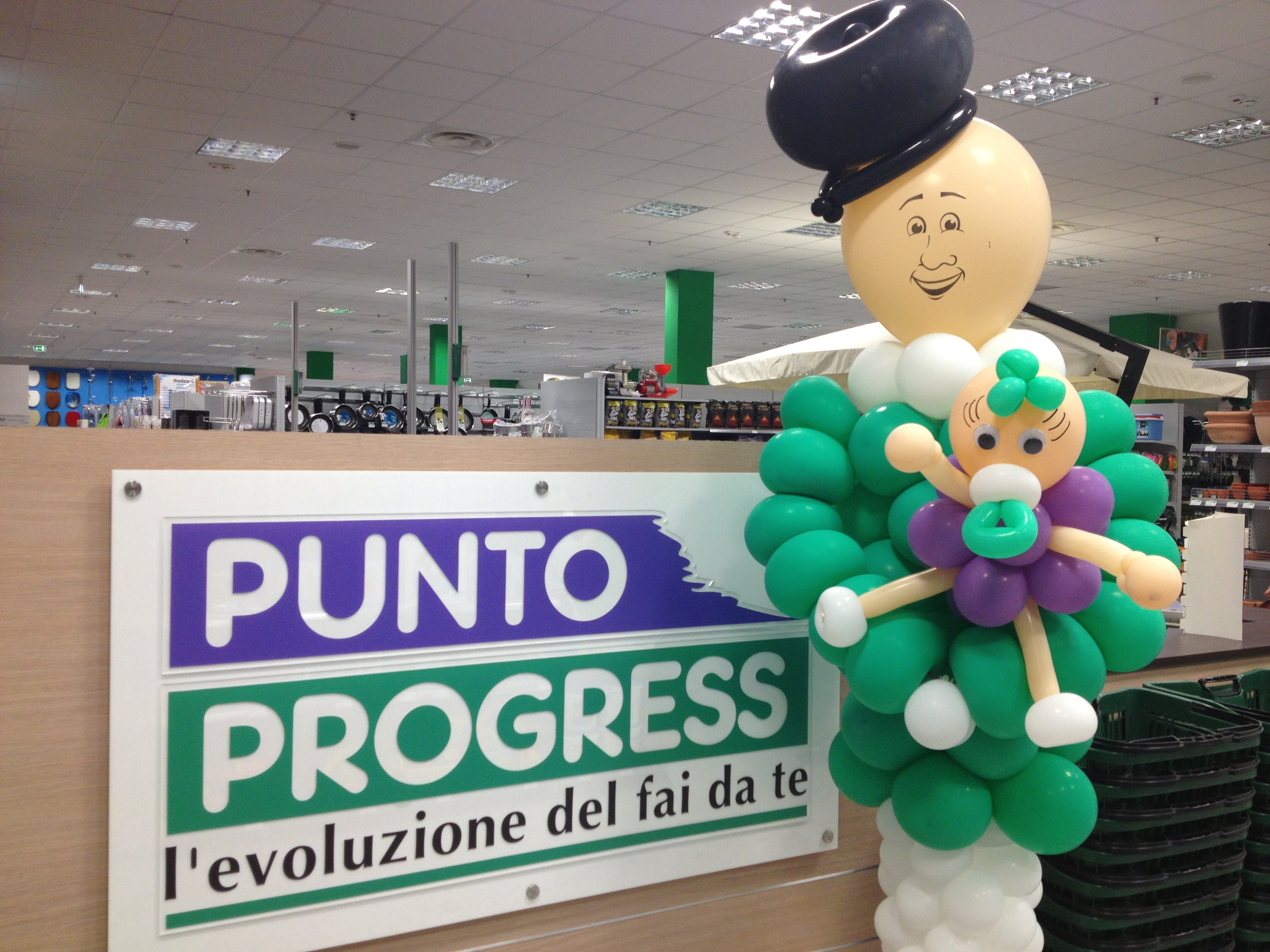 Inaugurato un nuovo punto vendita progress in campania for Progress caserta catalogo