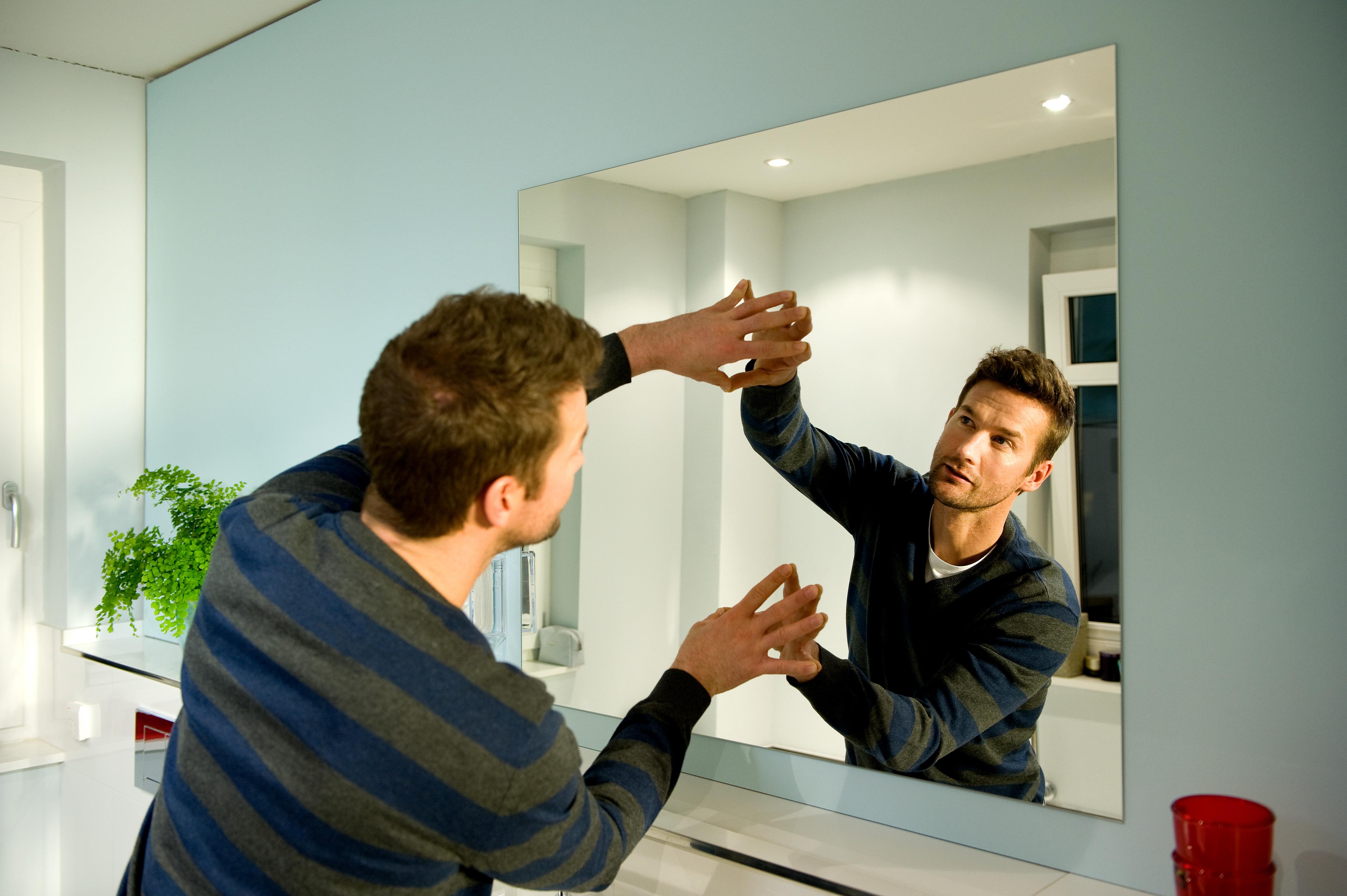 brico specchio adesivo